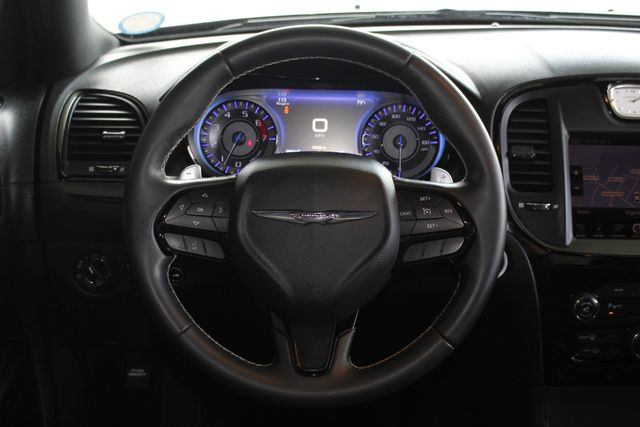 2015 Chrysler 300 300S PREMIUM EDITION RWD -NAVIGATION! Mooresville , NC 7
