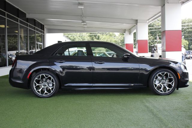 2015 Chrysler 300 300S PREMIUM EDITION RWD -NAVIGATION! Mooresville , NC 16