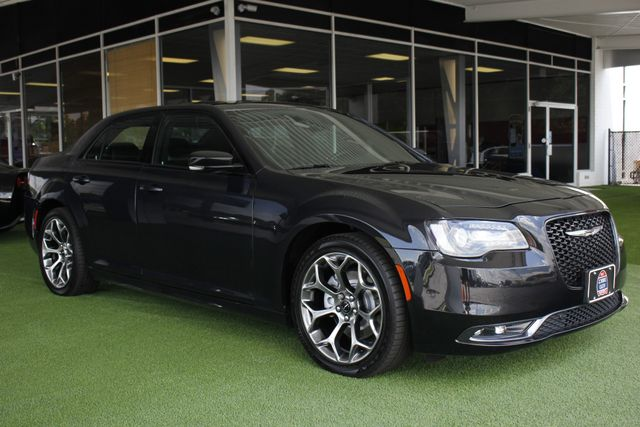 2015 Chrysler 300 300S PREMIUM EDITION RWD -NAVIGATION! Mooresville , NC 27