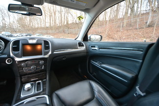 2015 Chrysler 300 Limited Naugatuck, Connecticut 16