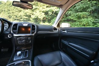 2015 Chrysler 300 C Naugatuck, Connecticut 13