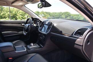 2015 Chrysler 300 Limited Naugatuck, Connecticut 9