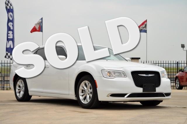 2015 Chrysler 300 Limited San Antonio , Texas 0