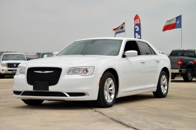 2015 Chrysler 300 Limited San Antonio , Texas 1
