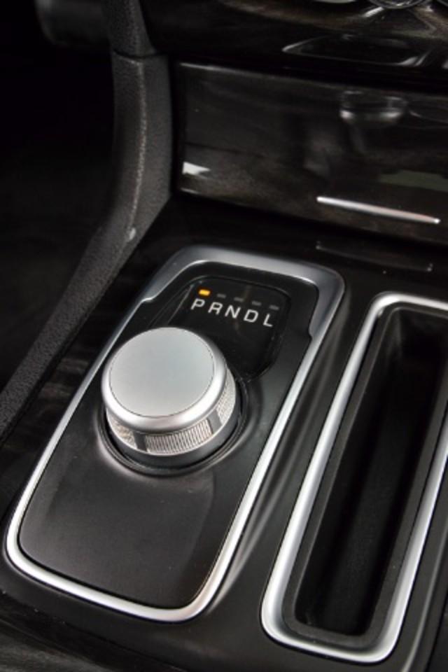 2015 Chrysler 300 Limited San Antonio , Texas 12