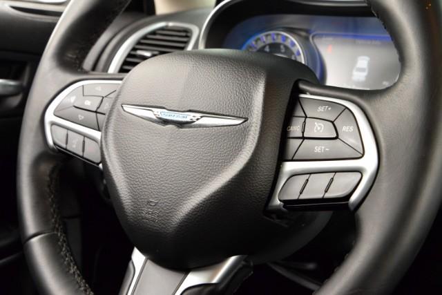 2015 Chrysler 300 Limited San Antonio , Texas 13