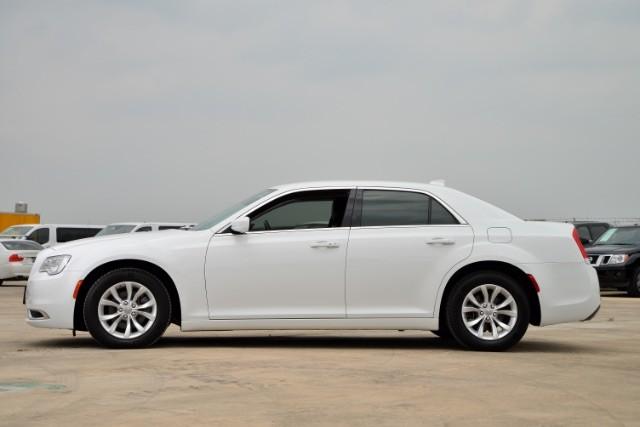 2015 Chrysler 300 Limited San Antonio , Texas 2
