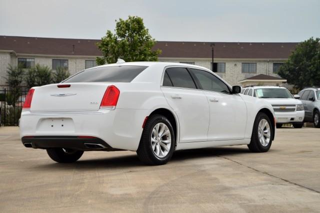 2015 Chrysler 300 Limited San Antonio , Texas 5