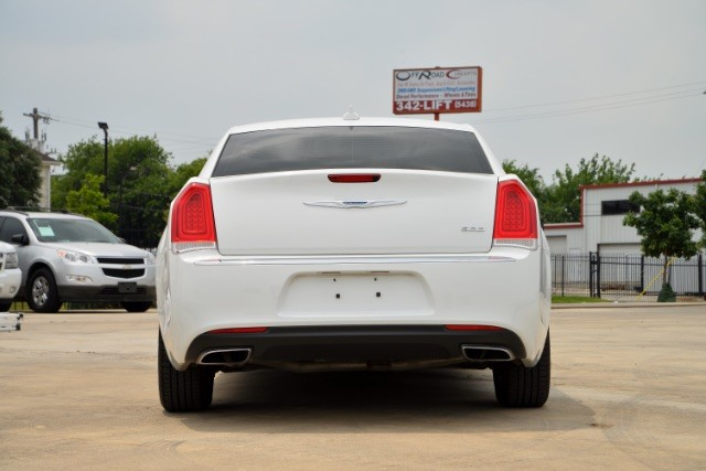 2015 Chrysler 300 Limited San Antonio , Texas 6