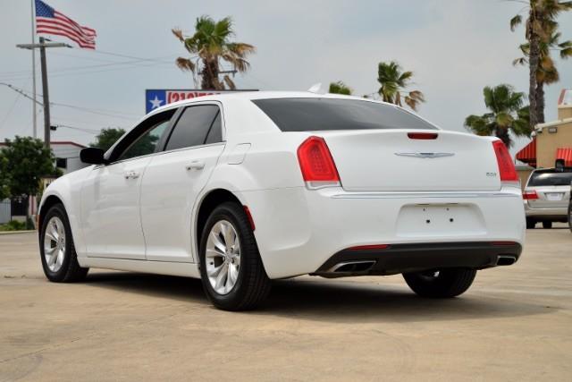 2015 Chrysler 300 Limited San Antonio , Texas 7