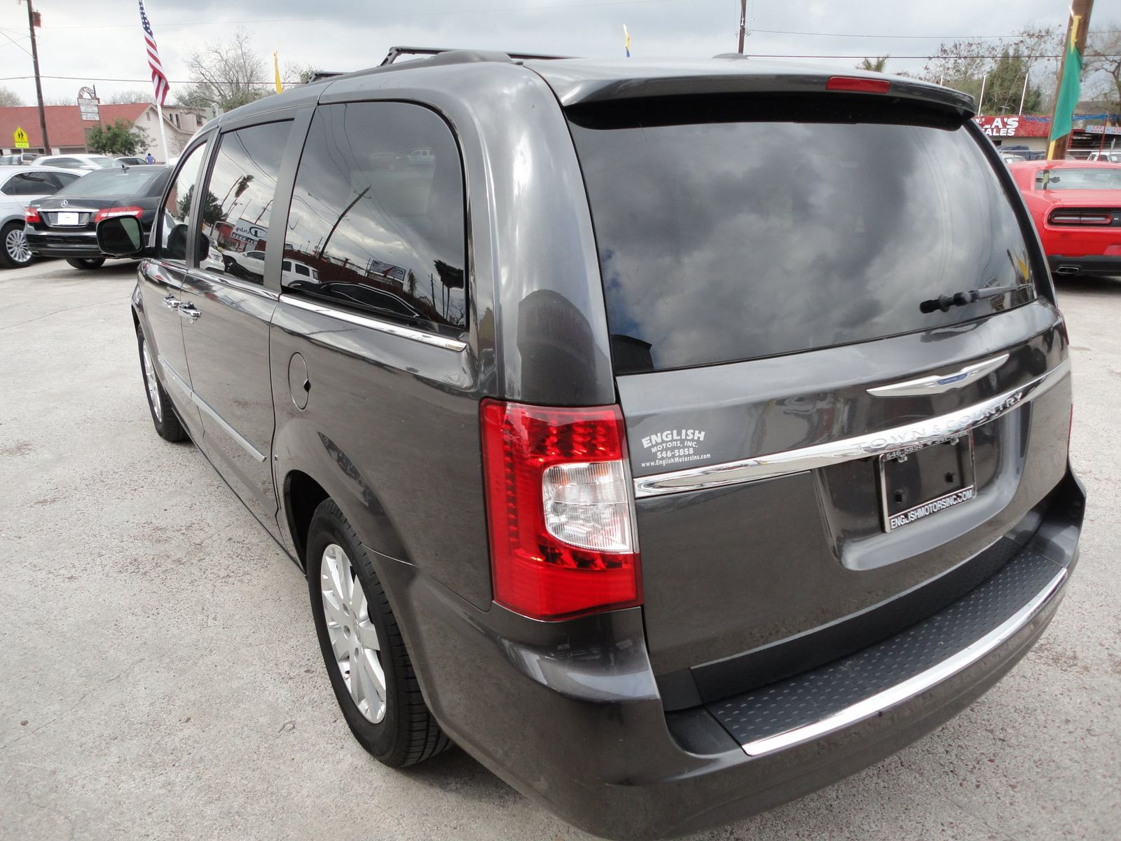 2015 chrysler town country touring brownsville tx english for English motors brownsville tx