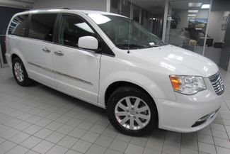 2015 Chrysler Town & Country Touring W/DVD/ BACK UP CAM Chicago, Illinois