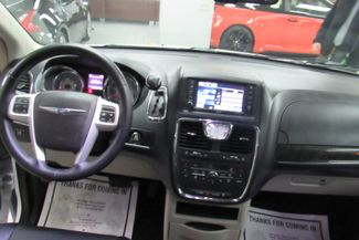 2015 Chrysler Town & Country Touring W/DVD/ BACK UP CAM Chicago, Illinois 19