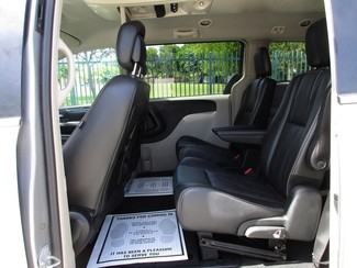 2015 Chrysler Town & Country Touring Miami, Florida 11