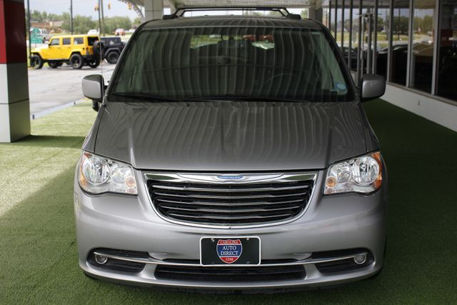 2015 Chrysler Town & Country Touring Edition - NAVIGATION - REAR DVD! Mooresville , NC 16