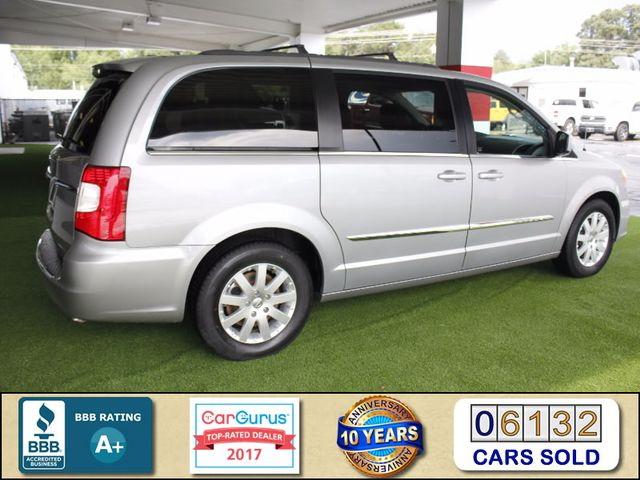 2015 Chrysler Town & Country Touring Edition - NAVIGATION - REAR DVD! Mooresville , NC 2