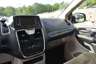 2015 Chrysler Town & Country Touring Naugatuck, Connecticut 20
