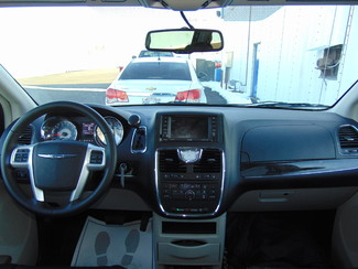 2015 Chrysler Town & Country Touring Nephi, Utah 28
