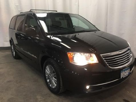 2015 Chrysler Town & Country Touring-L in Victoria, MN