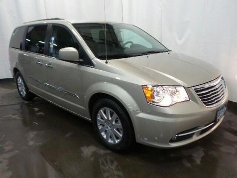 2015 Chrysler Town & Country Touring in Victoria, MN