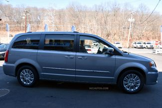 2015 Chrysler Town & Country Limited Platinum Waterbury, Connecticut 19