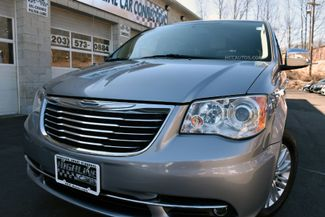 2015 Chrysler Town & Country Limited Platinum Waterbury, Connecticut 4