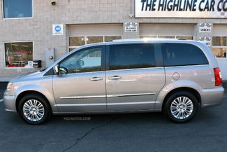 2015 Chrysler Town & Country Limited Platinum Waterbury, Connecticut 5