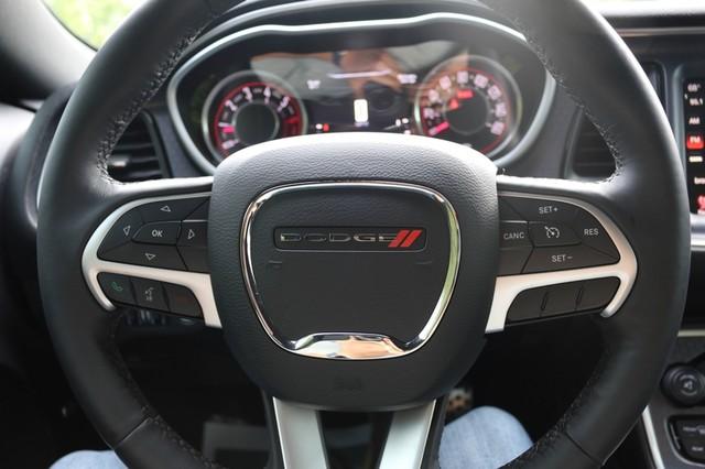 2015 Dodge Challenger R/T Plus Mooresville, North Carolina 24