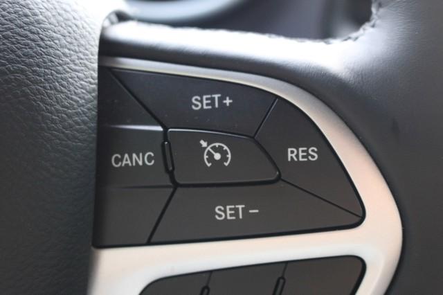 2015 Dodge Challenger R/T Plus Mooresville, North Carolina 26