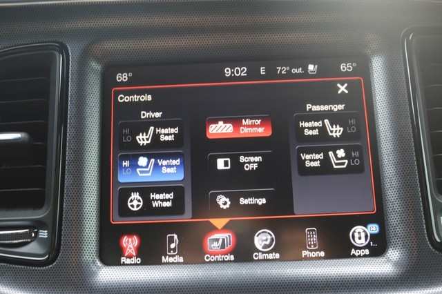 2015 Dodge Challenger R/T Plus Mooresville, North Carolina 34