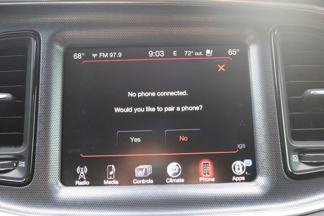 2015 Dodge Challenger R/T Plus Mooresville, North Carolina 38