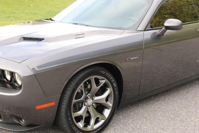 2015 Dodge Challenger R/T Plus Mooresville, North Carolina 59
