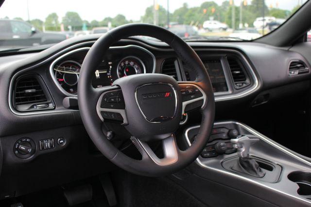 2015 Dodge Challenger SXT Plus Mooresville , NC 14