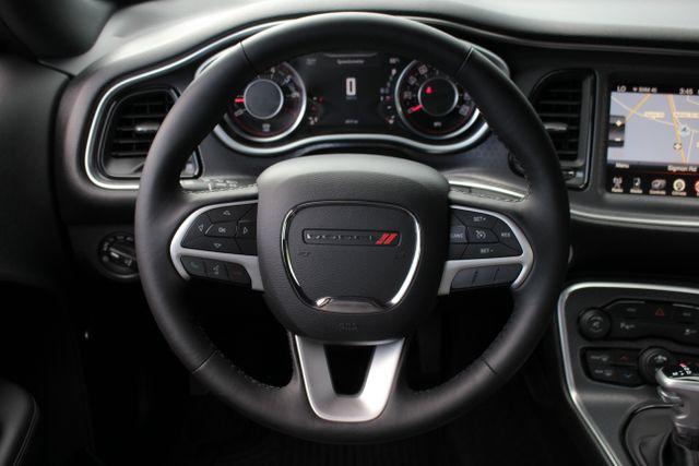 2015 Dodge Challenger SXT Plus Mooresville , NC 17