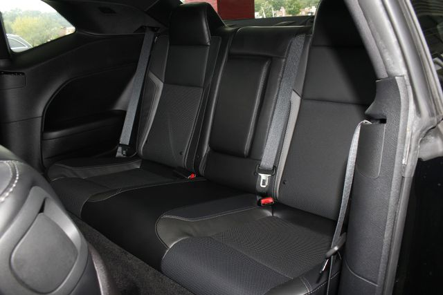 2015 Dodge Challenger SXT Plus - DRIVER CONVENIENCE PKG - NAV! Mooresville , NC 10