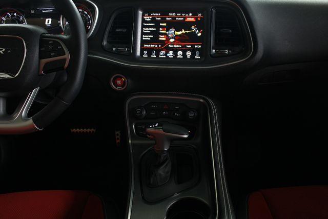 2015 Dodge Challenger SRT 392 - NAVIGATION - RED SUEDE/LEATHER! Mooresville , NC 11