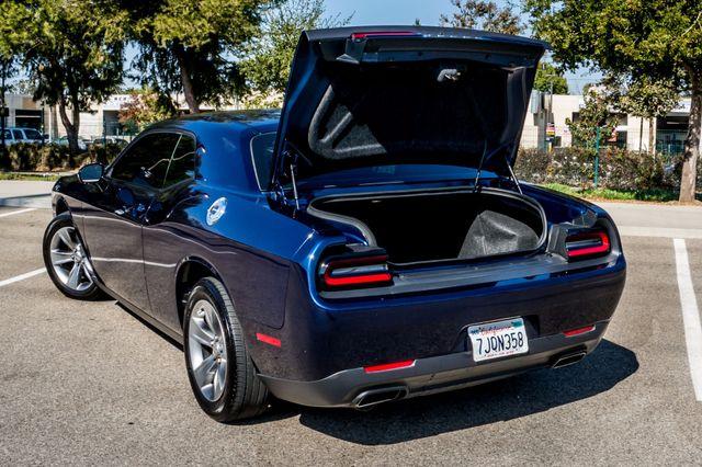 2015 Dodge Challenger SXT Reseda, CA 9