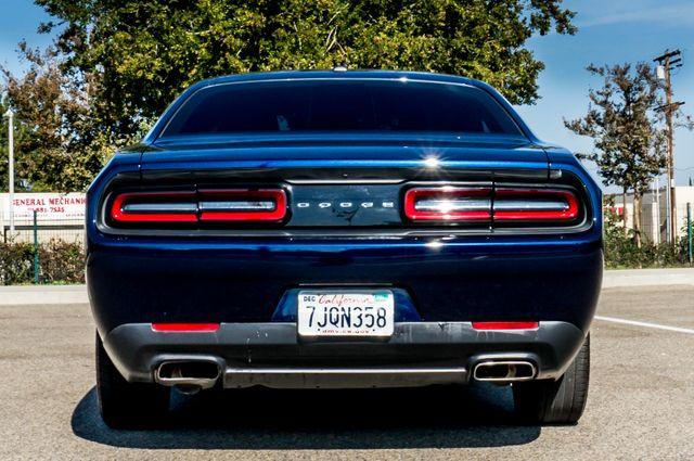 2015 Dodge Challenger SXT Reseda, CA 7
