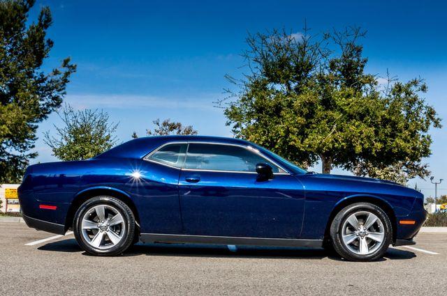 2015 Dodge Challenger SXT Reseda, CA 5