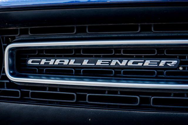 2015 Dodge Challenger SXT Reseda, CA 41