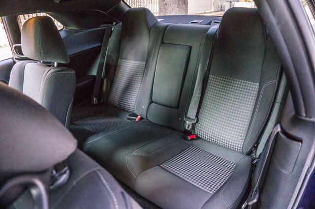 2015 Dodge Challenger SXT Reseda, CA 26