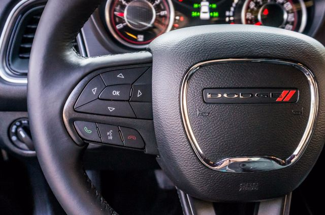 2015 Dodge Challenger SXT Reseda, CA 17
