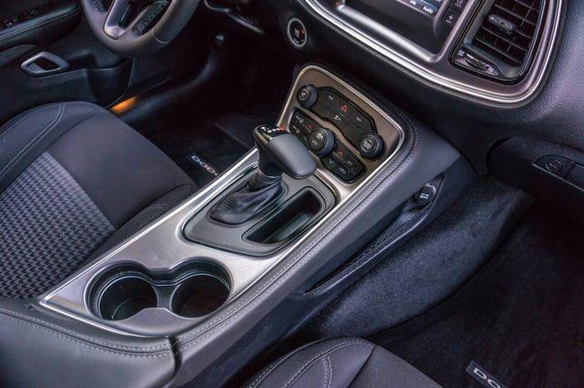 2015 Dodge Challenger SXT Reseda, CA 23