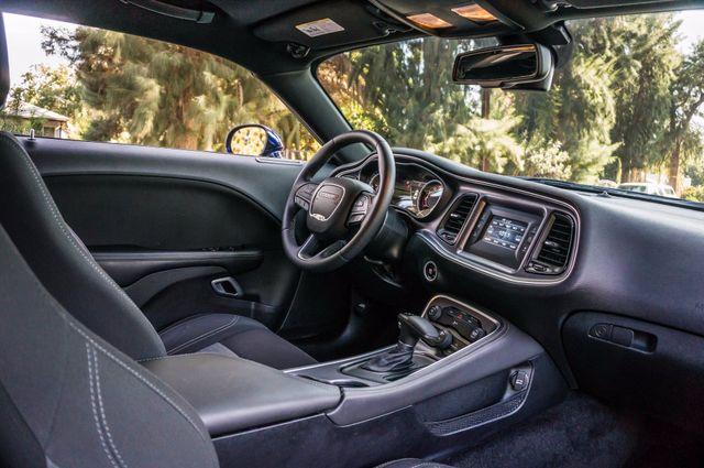 2015 Dodge Challenger SXT Reseda, CA 29