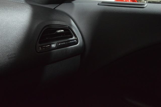 2015 Dodge Challenger SXT Tampa, Florida 25