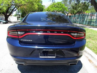 2015 Dodge Charger SE Miami, Florida 3