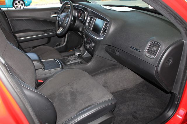 2015 Dodge Charger Road/Track - NAV - DRIVER CONFIDENCE GRP! Mooresville , NC 34