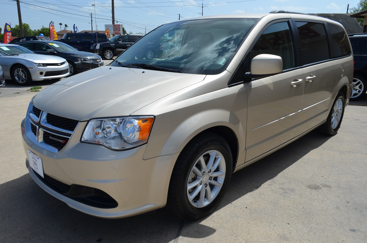 2015 dodge grand caravan sxt brownsville tx english motors. Black Bedroom Furniture Sets. Home Design Ideas
