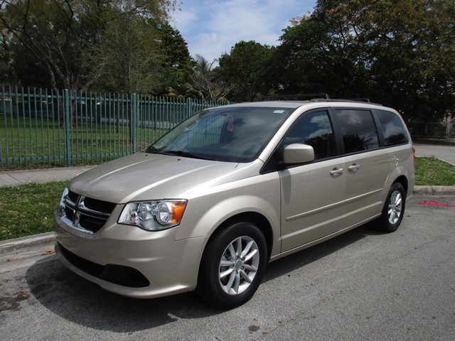 2015 Dodge Grand Caravan SXT Come and visit us at oceanautosalescom for our expanded inventoryTh