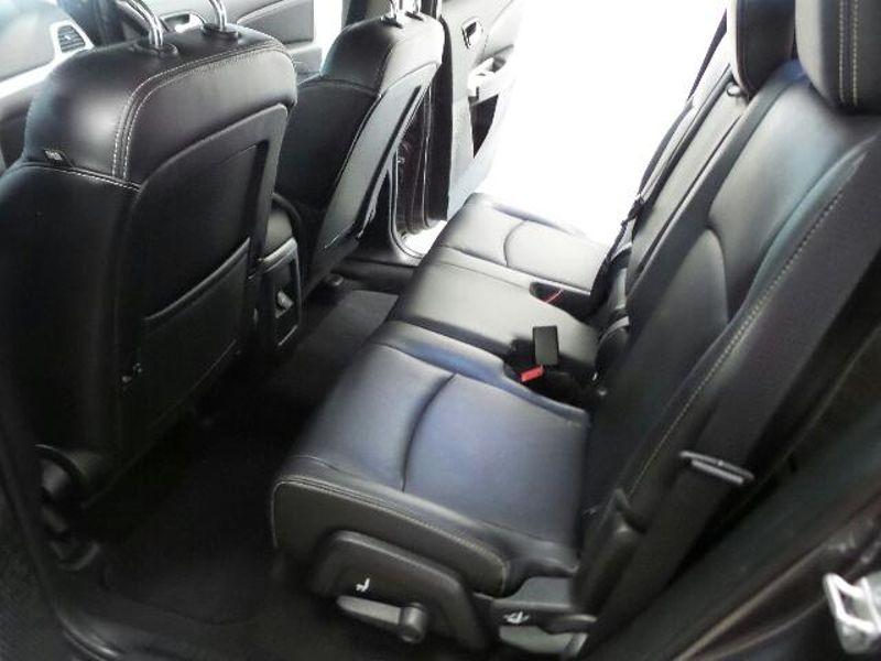2015 Dodge Journey SXT  in Victoria, MN